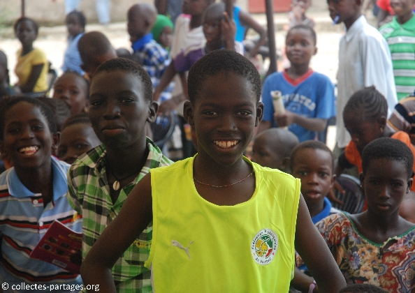 15-les-enfants-les-eleves-inauguration-de-lecole-cherif-iii-a-rufisque-en-banlieue-de-dakar