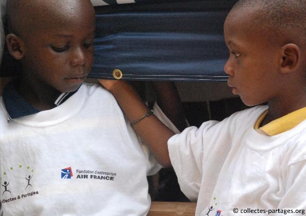 50-les-enfants-les-eleves-inauguration-de-lecole-cherif-iii-a-rufisque-en-banlieue-de-dakar