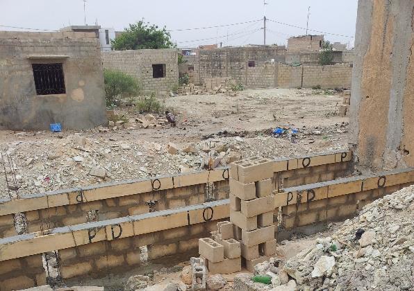 8-debut-de-la-construction-des-sanitaires