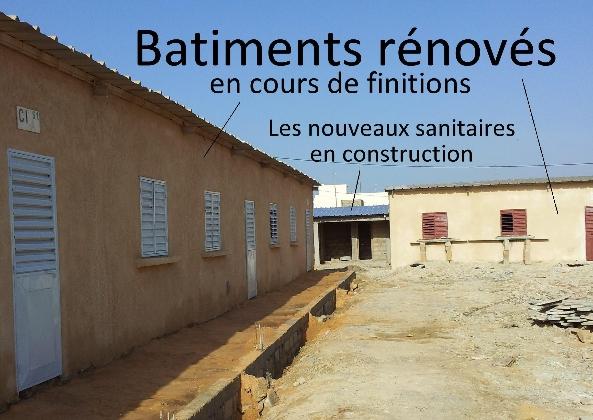 3-batiments-renoves-et-sanitaires-en-cours-de-construction