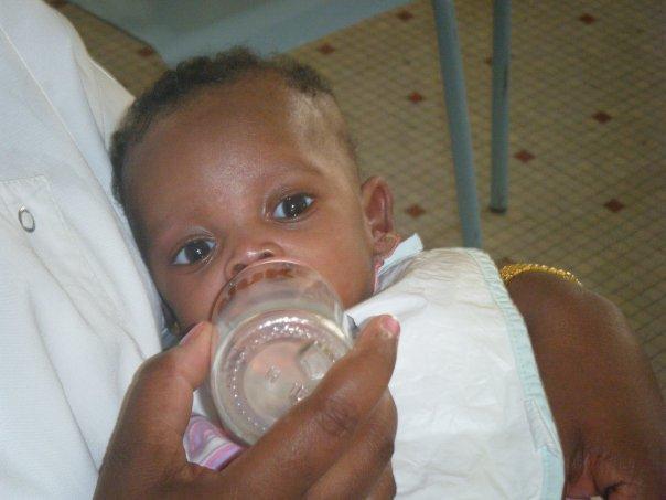 Dakar – Décembre 2010 – Opération lait maternisé