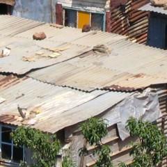 Des couvertures pour des enfants vivant en bidonvilles…
