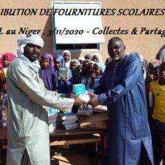DISTRIBUTION DE FOURNITURES SCOLAIRES à AZEL au NIGER
